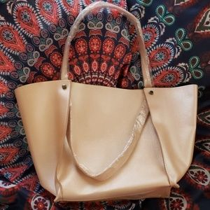 🆕 large Neiman Marcus shopping tote